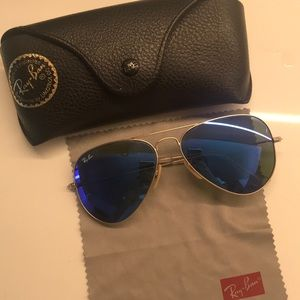 Authentic Ray Ban Blue Aviators - RB3205